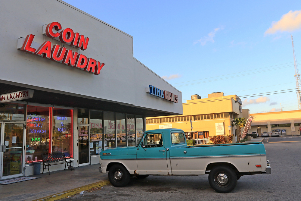 Coin-Based Laundromat